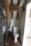 14-chambre-chique-toilet.jpg